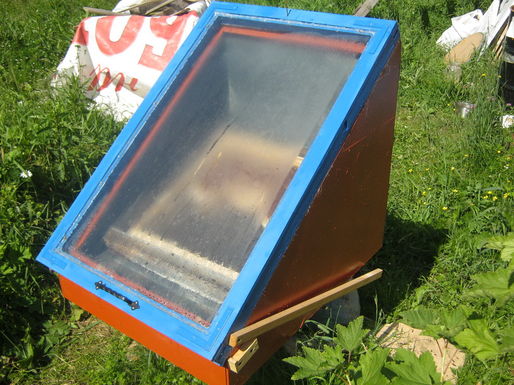 Сделать руками солнечную воскотопку